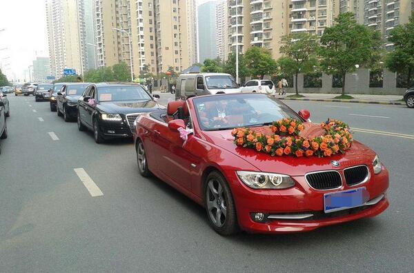 乌鲁木齐哪里能租豪车