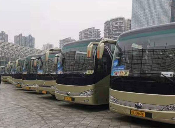 乌鲁木齐45座大巴包车价格
