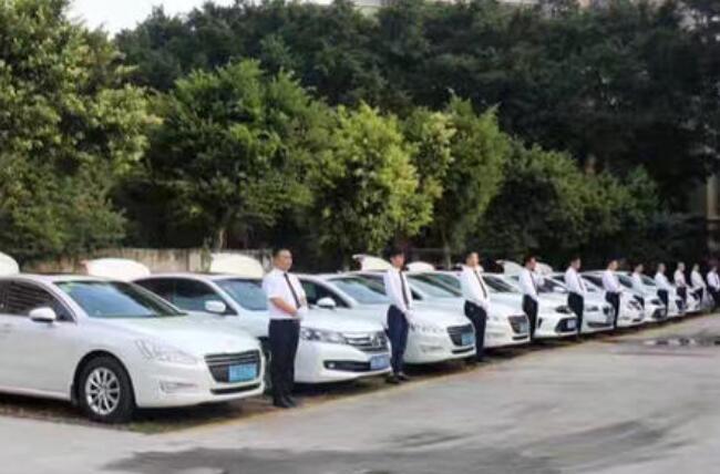 乌鲁木齐租轿车价格表