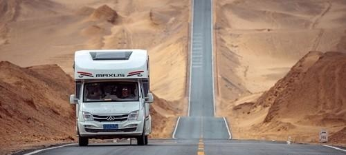 新疆房车自驾游_最值得玩的景点游玩攻略
