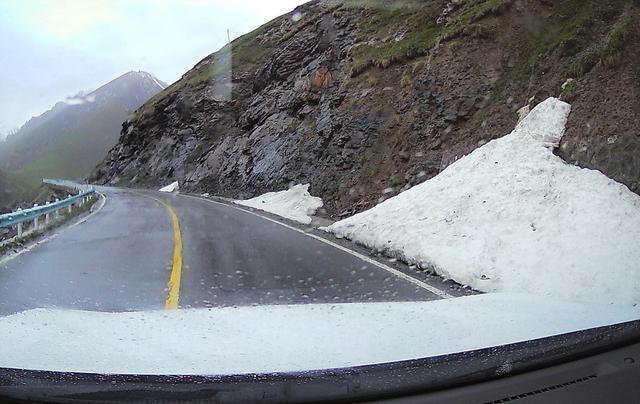 自驾新疆:走独库公路看四季风光,这条路究竟有啥奇妙和注意事项