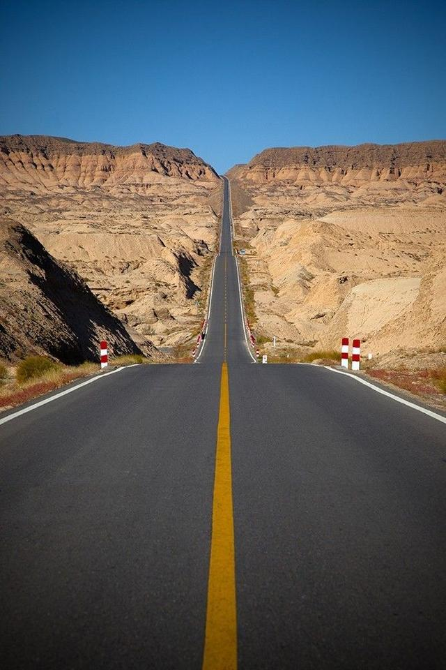 来一份独库公路旅游攻略详细介绍,在最佳的时间看最好的景