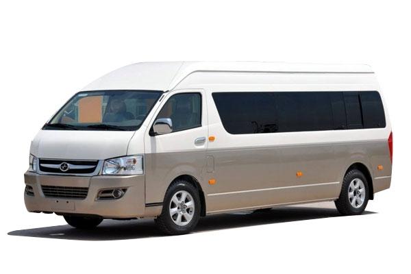 乌鲁木齐租中巴车丰田海狮18座价格费用多少钱